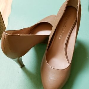 Taupe High Heels Size 8 good pre owned condition